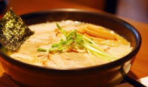 韓国人「ラーメンは辛いのが本当の味」「日本のは脂っこくて臭い。二度と食べない」 のサムネイル画像