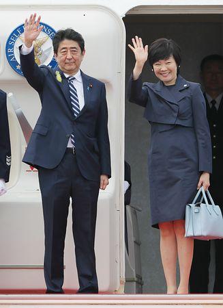 日本国民を敵に回した安倍総理が日本脱出!欧州に逃れるwwwwwwwwwwwwのサムネイル画像