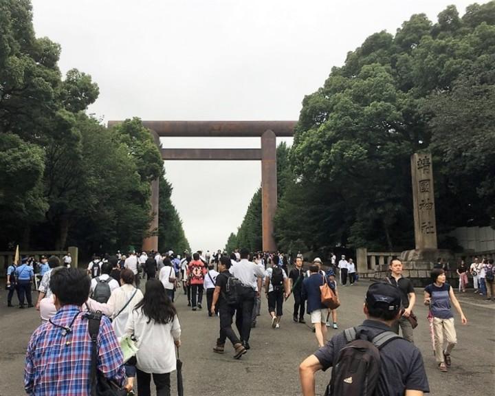 「神社でむやみに手を合わせないで」訪日韓国人に韓国メディアが注意喚起のサムネイル画像
