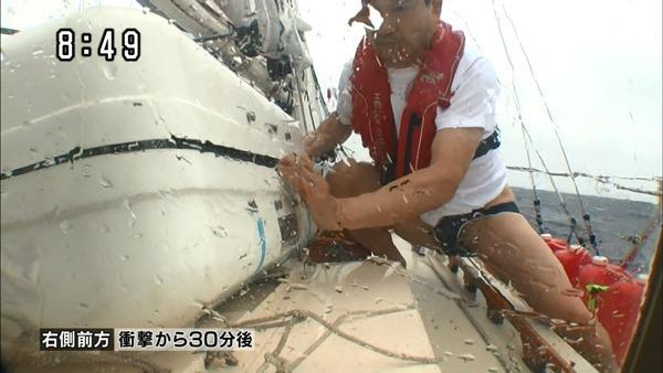 【速報】辛坊治郎がテレビレギュラー復帰!!事故時のはみチンと半ケツ映像が放送されるwwwwwwのサムネイル画像