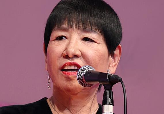 和田アキ子「日本人って、外国の人が褒めると必ずそれに乗っかるよね。」日本人の性格に苦言wwwwwwwwwwwのサムネイル画像