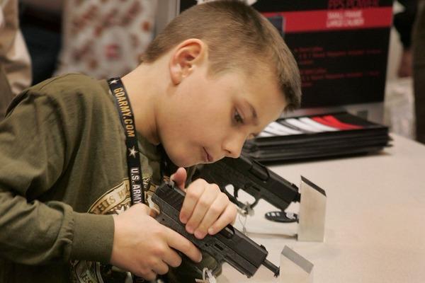 全米ライフル協会「ラスベガスの銃撃事件は、国民を守るための代償だ」のサムネイル画像