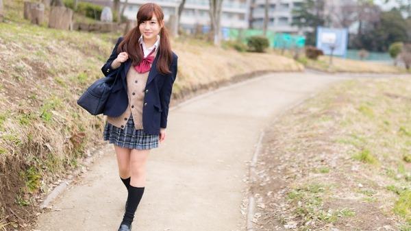 【悲報】女子高生たちによる「痴漢冤罪詐欺」の実態がひどすぎる・・・のサムネイル画像