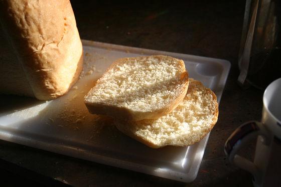 【フランス】パン職人が「1週間1度も店を閉めずに働き続けた」結果・・・のサムネイル画像
