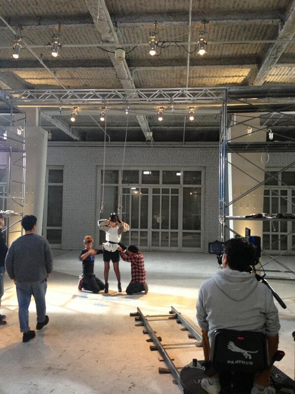 【AKB48】篠田麻里子(27) ダイエット宣言 → ファン「痩せないで」と心配 身長168cm体重40キロ台は痩せすぎ?のサムネイル画像