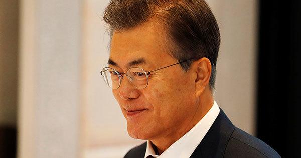 韓国紙「合意の破棄ではなく、履行の中断という天才的アイデア!やっぱり文大統領は外交の天才だ!」 のサムネイル画像