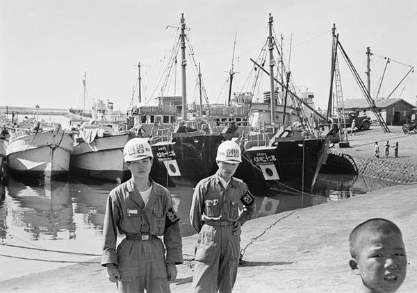 【悲報】韓国の日本漁船狩りで死者8人 約4000人の日本人が不法抑留されるのサムネイル画像