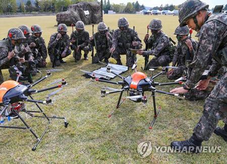 【衝撃】韓国軍、ドローン&ロボット部隊を創設へのサムネイル画像
