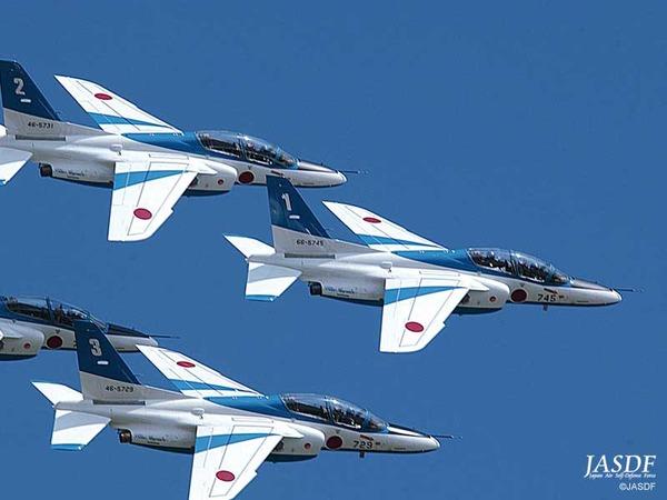 【いつものキチガイ】 「日本のF-15戦闘機がわが国の偵察機に体当たりしようと、5mの距離まで近づいた」のサムネイル画像