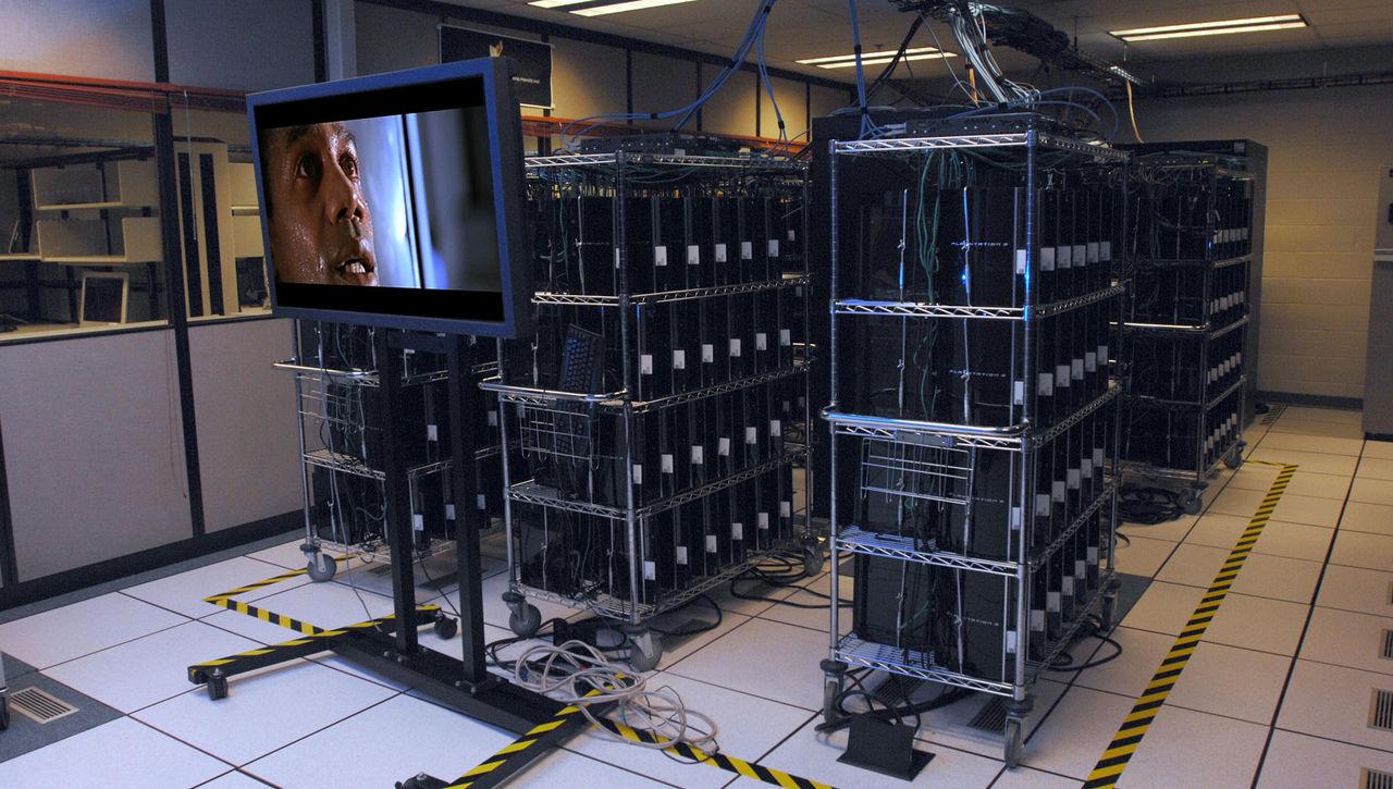 プレステ3を1700台連結し安価なスパコンを製作、本来の値段のわずか4%以下で実現のサムネイル画像