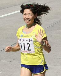 なぜ差がついたのか?マラソンの高橋尚子、出馬要請されるも国民栄誉賞受賞などの立場も踏まえ断るのサムネイル画像