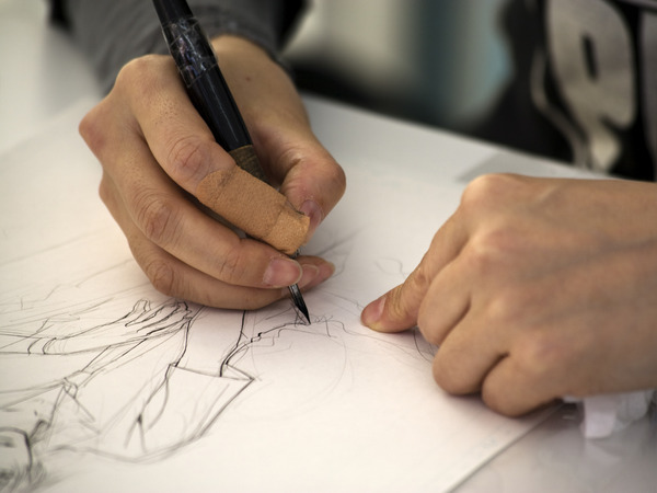 編集者「漫画家・絵師になりたいという奴には「作品見せて」と言うと一発で黙ります」のサムネイル画像