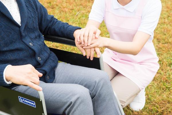 【悲報】外国人実習生の「介護職」人材へ期待するも、悲惨な結果へwwwwwwwwwwwのサムネイル画像