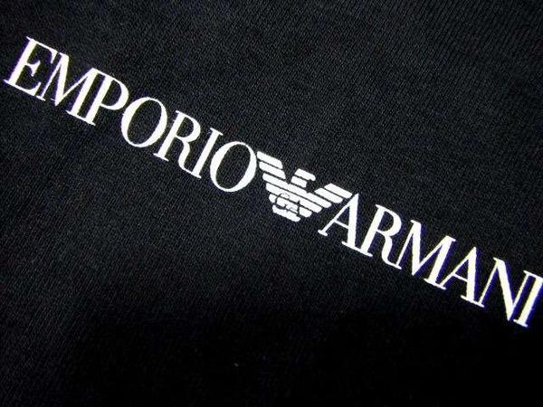 【悲報】東京の区立小学校、イタリアの高級ブランド「アルマーニ」監修の制服を導入wwwwwwwwwwwwwwのサムネイル画像