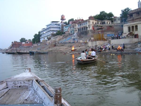 【インド】汚染が深刻な「ガンジス川」日本の技術で浄化を目指す模様wwwwwwwwwwwのサムネイル画像