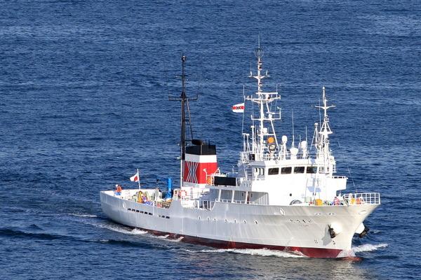 【宣戦布告】北朝鮮の船が水産庁の漁業取締船に小銃向けるのサムネイル画像