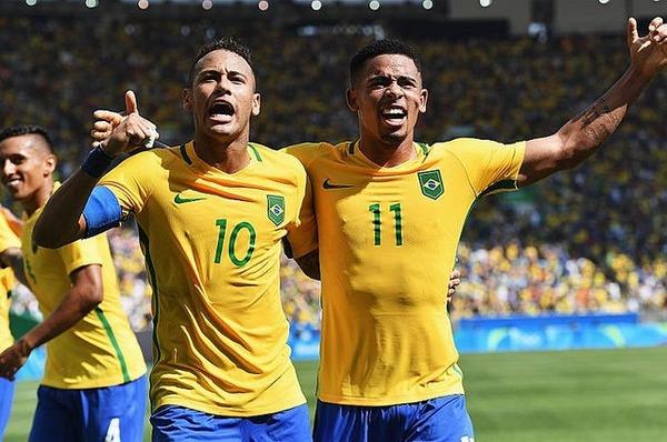 【異例】ブラジル代表が日本戦先発11人を事前発表wwwwwwwのサムネイル画像