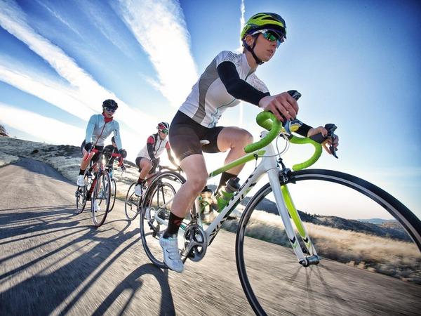 米ロサンゼルスに全裸のサイクリスト集団現るwwwwwwwwwwwwwのサムネイル画像
