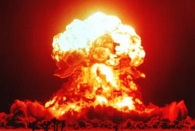 「イスラム国よ、核で灼かれる覚悟はできているか?」アメリカ次期大統領ドナルド・トランプ氏のサムネイル画像