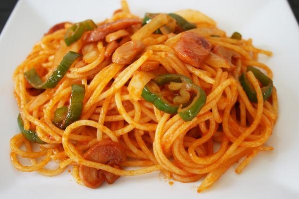 中国人「日本人は普段懐石料理など食べておらず、スパゲティにケチャップを和えた物を食べている」 のサムネイル画像