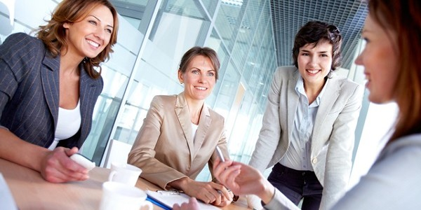 【調査】「女性の活躍を感じたことがない」人は4割…「『寿退社』が女の幸せと言われる」「お茶汲みと掃除は女性のみ」という会社ものサムネイル画像