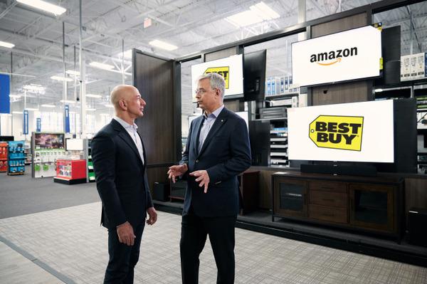 【驚愕】Amazonと東芝が提携「Fireレグザ」を発表!→ 賛否両論へwwwwwwwwwwwwwのサムネイル画像