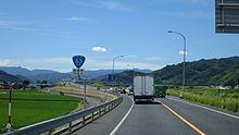 【鳥取】中学生が軽トラを運転 → 荷台に乗っていた中学生の末路・・・のサムネイル画像