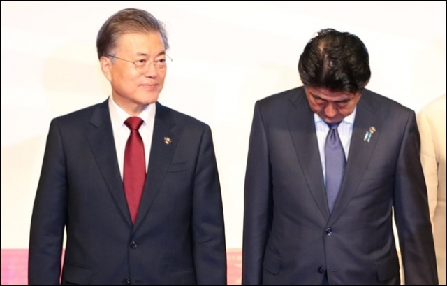 【愕然】 韓国「支持率底い安倍は『慰安婦合意再協議』で逆転を狙うのか」のサムネイル画像