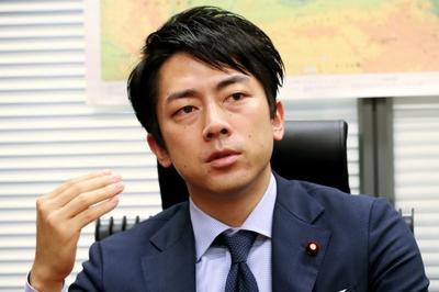 小泉進次郎「新聞が軽減税率の対象になるのはおかしいだろ」のサムネイル画像