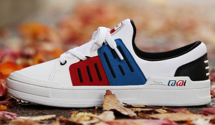 【衝撃】アメリカの靴会社が太極旗デザインのスニーカーを販売wwwwwwwwwwwのサムネイル画像