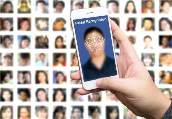 アップル、次期iPhoneで「顔認証」システム採用 → 特許資料で判明、指紋認証は廃止へwwwwwwwwwwwwwwwwのサムネイル画像