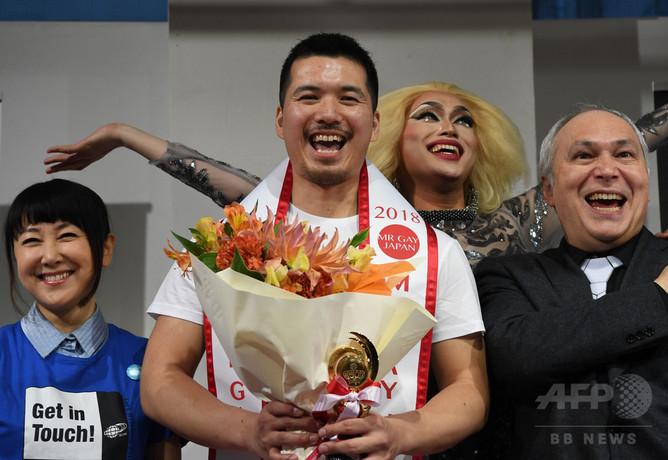 【画像】国内初のゲイコンテスト「ミスター・ゲイ・ジャパン」開催wwwwwwwwのサムネイル画像