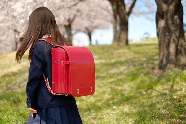 【福岡】女子小学生が同級生に下着を脱がされる → その結果・・・のサムネイル画像