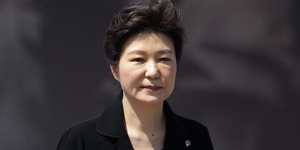 【驚愕】韓国でパククネさんの改名が相次ぐwwwwwwwwwwwwwwwwwのサムネイル画像