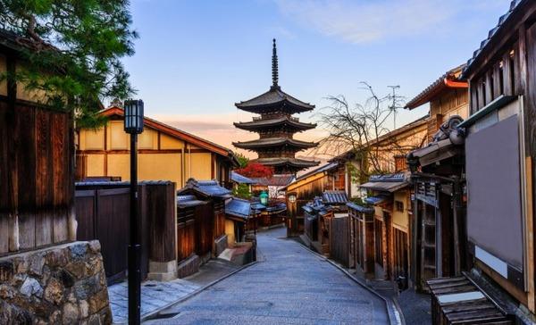 中国人「京都って完全に中国だよね。唐の時代に栄えた洛陽のパクリだからね^^;」 のサムネイル画像