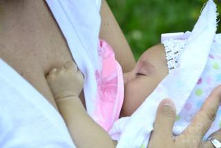 【驚愕】トランスジェンダー女性が授乳可能になるwwwwwwwwwのサムネイル画像