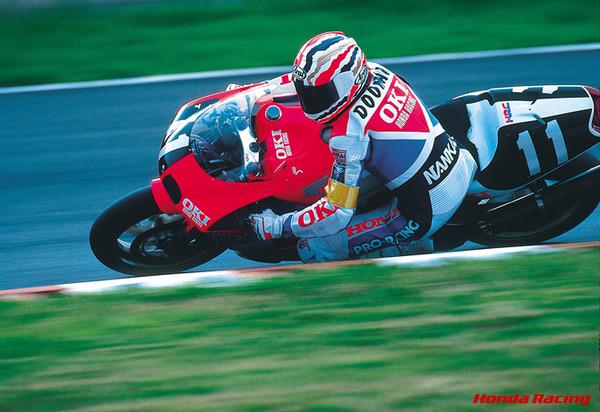 オートバイレースの元世界チャンピオン、ワイン・ガードナーを暴行容疑で逮捕wwwwwwwwwのサムネイル画像
