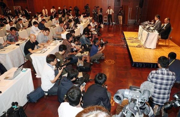 【悲報】日大・内田監督、記者会見で関学大をまたキレさせてしまうのサムネイル画像
