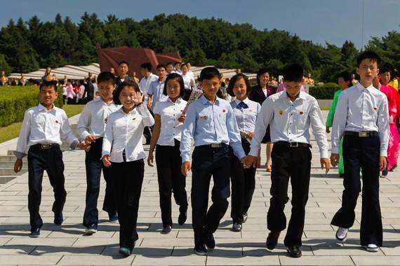 【衝撃】北朝鮮で若者らの入隊志願相次ぐwwwwwwwwwwwwwのサムネイル画像