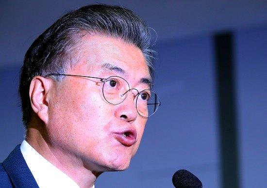 【慰安婦】韓国大統領「国民が合意を受け入れていない、日本は公式謝罪をしろ」→ 被害者の7割が合意を受け入れているんだが?のサムネイル画像