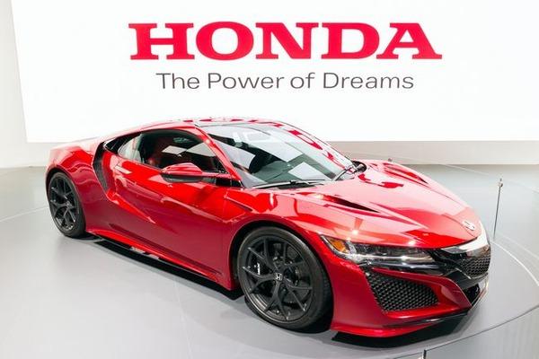 【朗報】ホンダ「スーパーカブ」新商品発表 電動化で騒音がついに消えるかwwwwwwwwwwのサムネイル画像