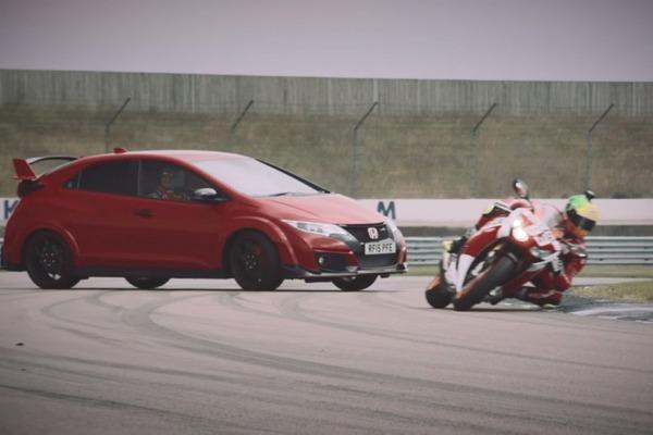 【暴行】互いに追い抜きや追い越しを繰り返し 車の男がバイク女性にブチギレた結果・・・のサムネイル画像