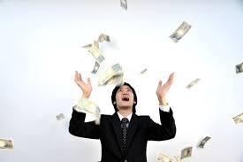 女「男はまず年収500万円以上稼げ。恋愛だ結婚だという話はそれからだ。」のサムネイル画像