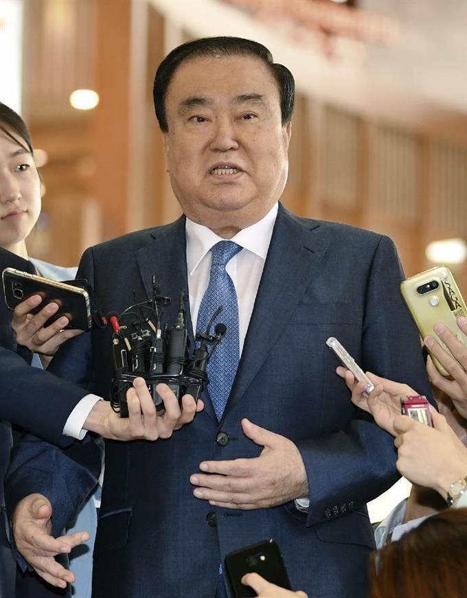 韓国文大統領特使「国民が慰安婦合意に反対だからもう一度最初からどう?」のサムネイル画像