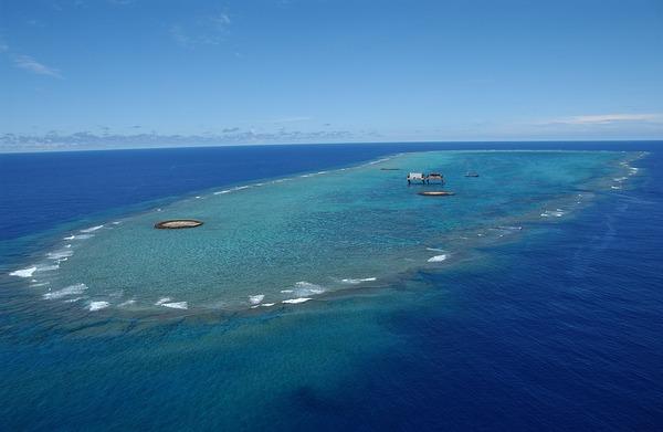 【悲報】台湾「沖ノ鳥島は島じゃなく、岩」のサムネイル画像