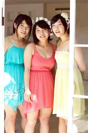【画像】柔美(17)、詩美(15)、都美(13)のビッグダディ3姉妹グラビア画像キタ━━━━(゚∀゚)━━━━!!のサムネイル画像