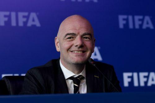 【アジア枠】FIFA「お金持ちの中国くんがサッカー弱すぎるンゴねぇ・・・せや!」→ → →のサムネイル画像