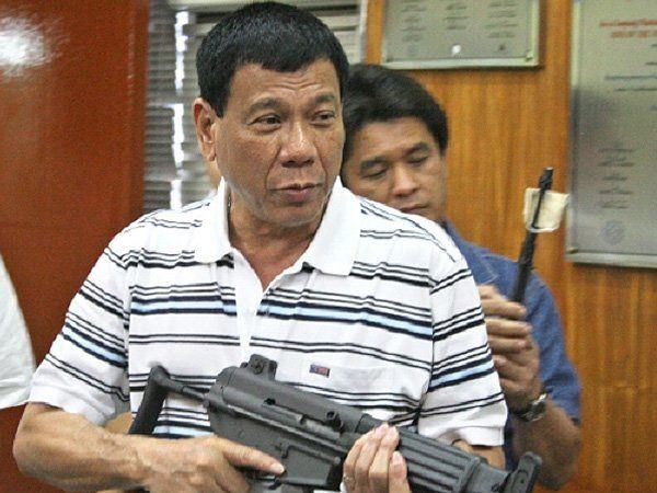 フィリピンのドゥテルテ大統領「韓国マフィアは射殺する」のサムネイル画像