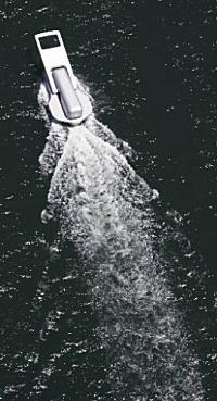 画像でワロタwwwww 【話題】ファスナー船、海を開く(画像あり)のサムネイル画像