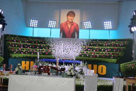 【画像】西城秀樹さんの葬儀配布品転売に批判殺到!→ 驚きの価格がこちら・・・のサムネイル画像